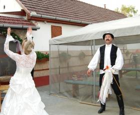 Esküvői csokor dobás